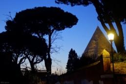piramide tramonto roma